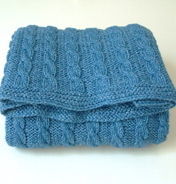 KNITTING PATTERNS baby blanket classic cable blanket