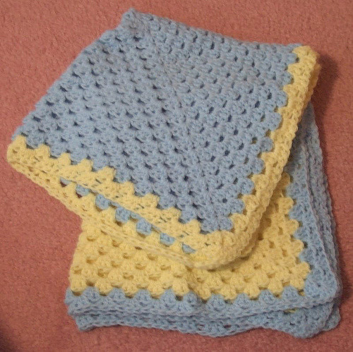 LAPGHAN CROCHET PATTERN – Easy Crochet Patterns