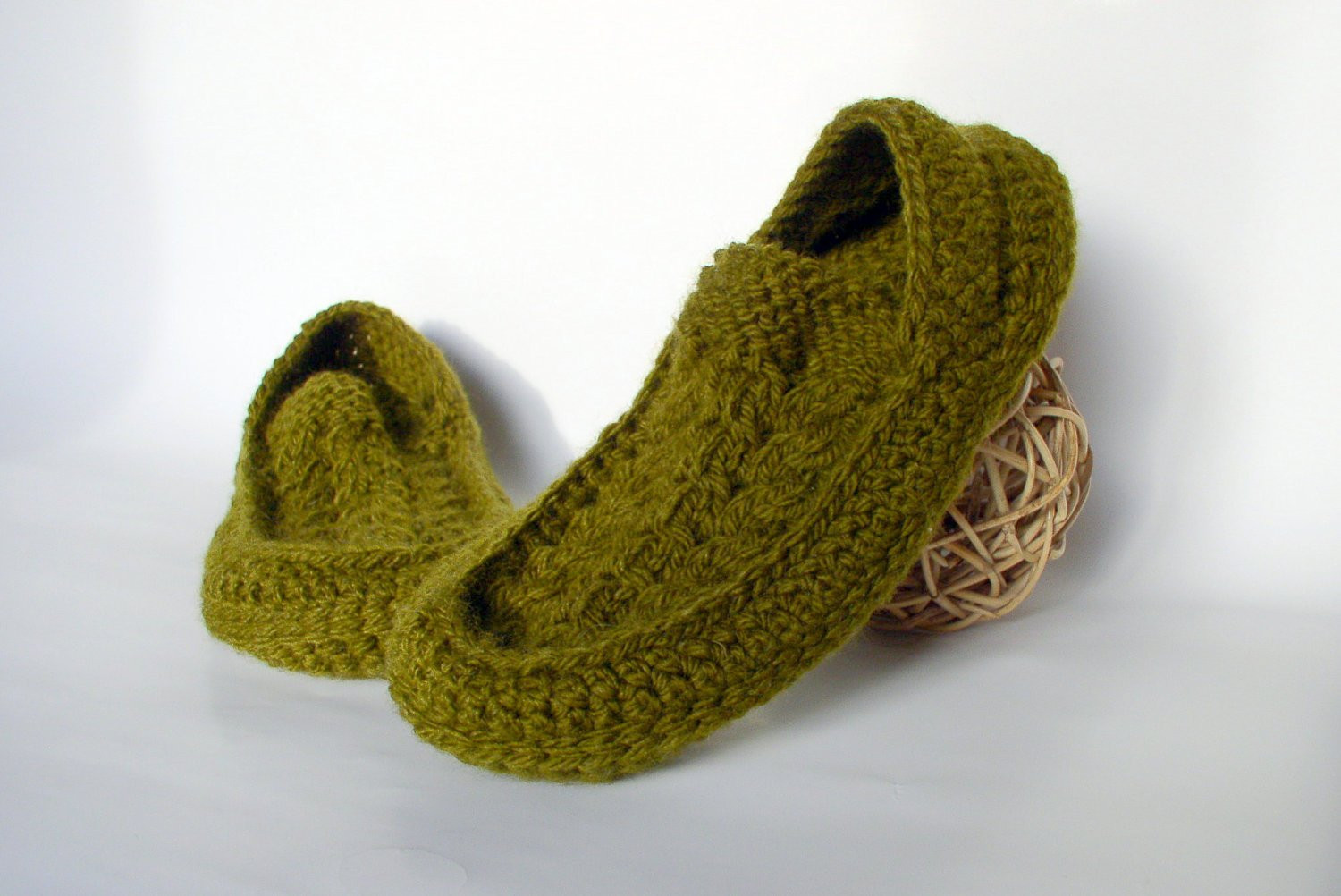 Men s Knit Crochet Socks Slippers with Cables Motifs Hand