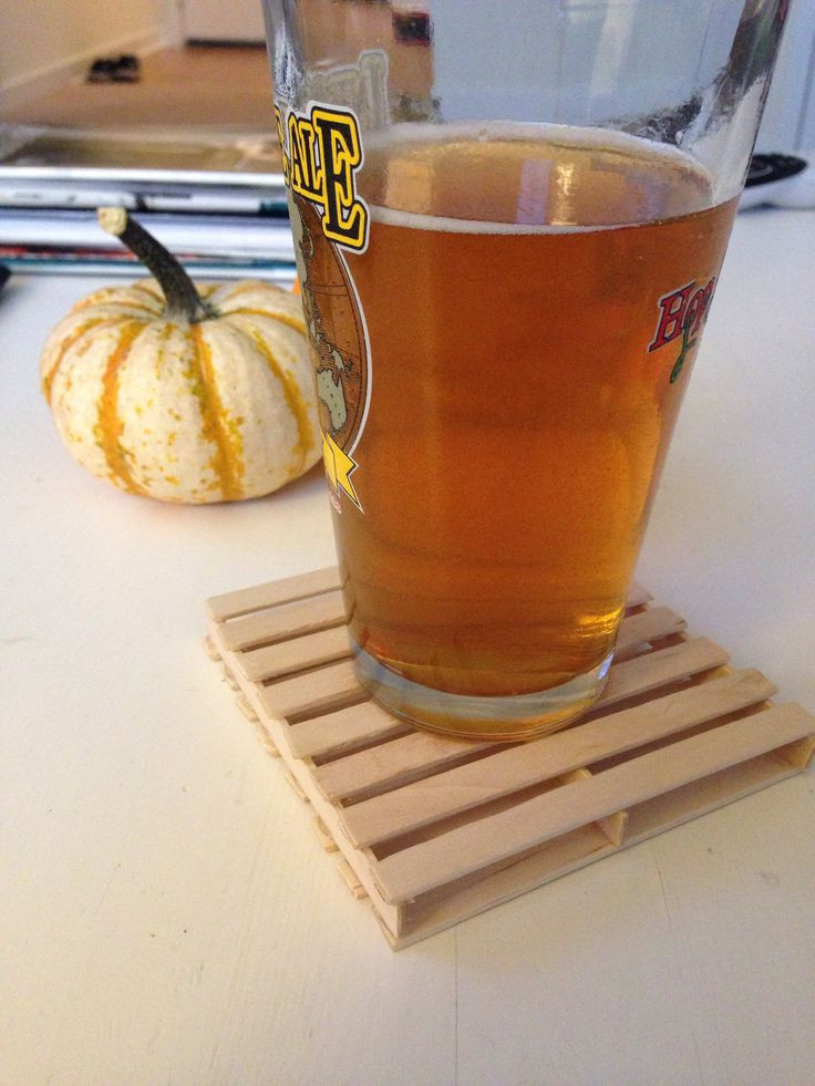 Mini pallet coaster made out of Popsicle sticks by