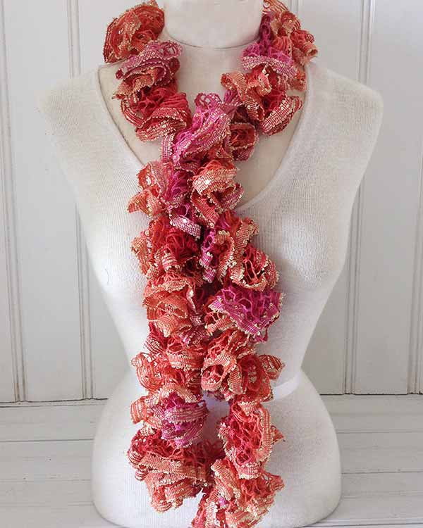 Inspirational Mother's Day – 5 Free Crochet Accessory Patterns Crochet Ruffle Scarf Of Inspirational Firehawke Hooks and Needles Free Pattern Ruffle Scarf Crochet Ruffle Scarf