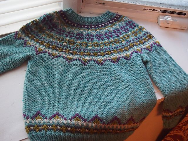 """Inspirational Ravelry Project Gallery for """"fimma"""" Lopapeysa Icelandic Fair isle Sweater Pattern Of Amazing 44 Ideas Fair isle Sweater Pattern"""