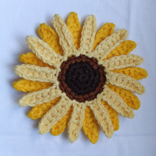Sunflowers to Knit and Crochet – free patterns