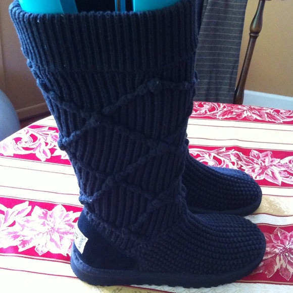 Inspirational Ugg ?sold?uggs Crochet Black Knee High Boots From Ingrid Crochet Uggs Boots Of New 45 Ideas Crochet Uggs Boots