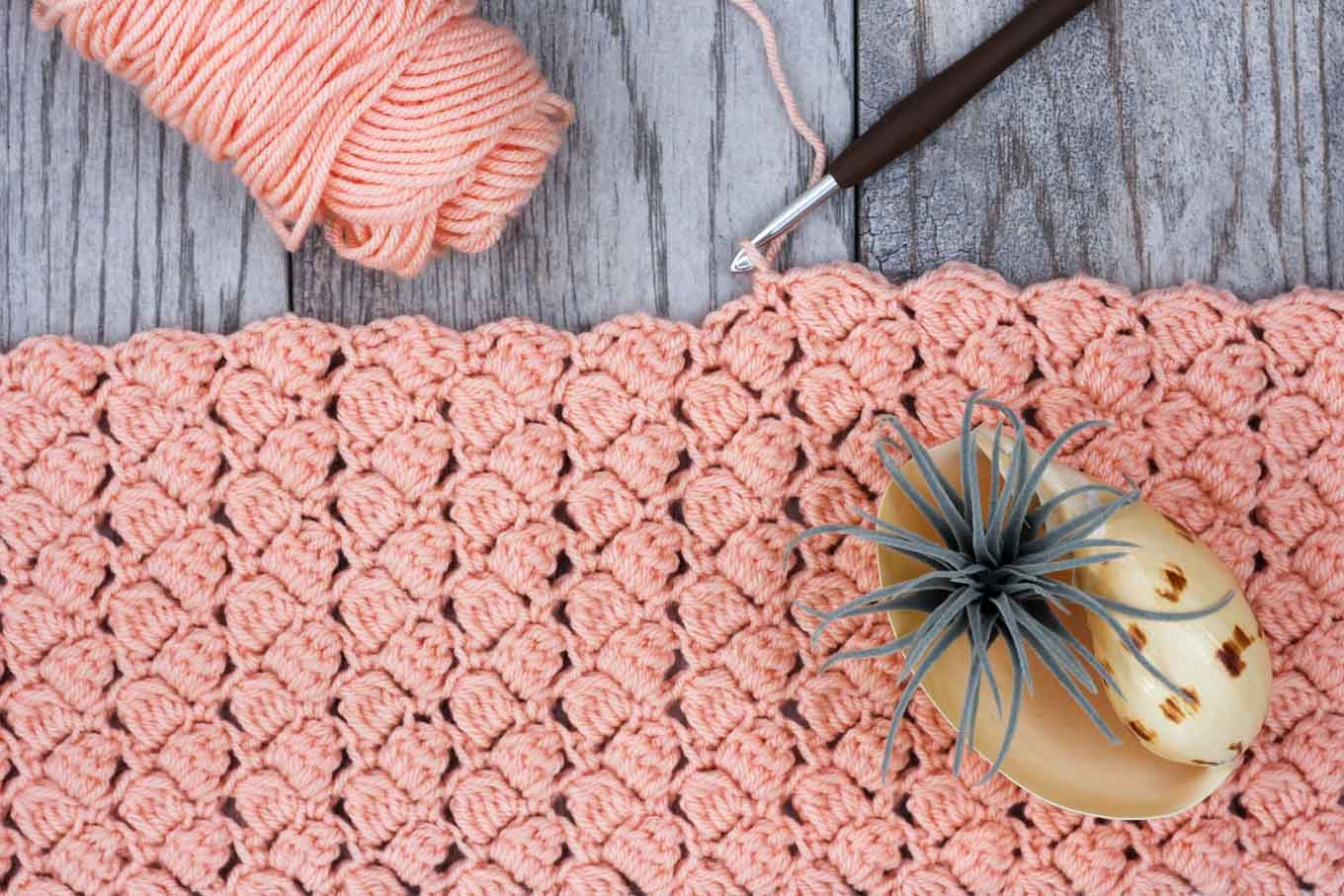 Video Tutorial How to Crochet the Side Saddle Stitch