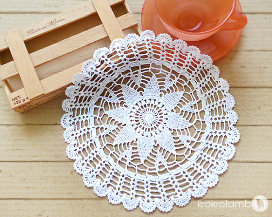 Small Japanese Crochet Lace Doilies – New Designs