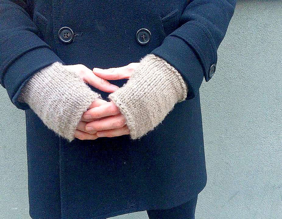 "Men s Modern ""Tweed"" Knit Fingerless Mitts Pattern – Mama"