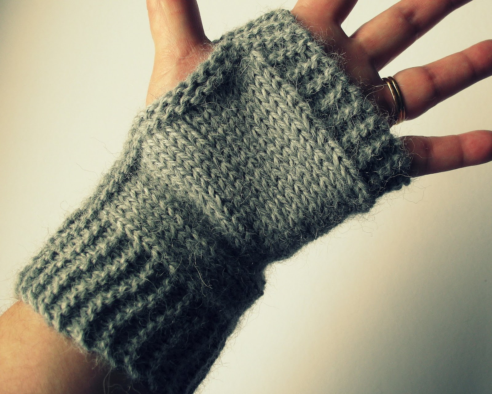 Knit Fingerless Gloves Luxury Eclectic Me Easy Fingerless Mitts Of Gorgeous 47 Pics Knit Fingerless Gloves