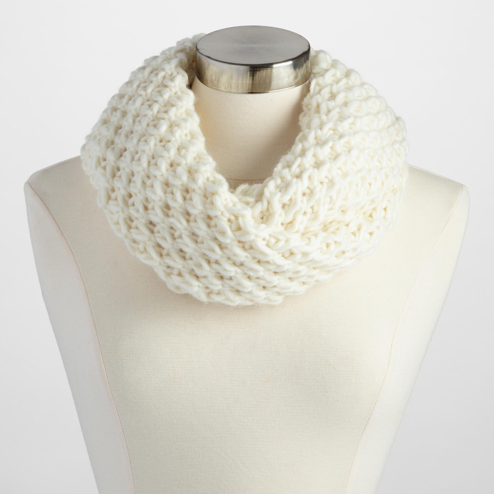 Knit Infinity Scarf Awesome Ivory Chunky Knit Infinity Scarf Of Wonderful 49 Photos Knit Infinity Scarf