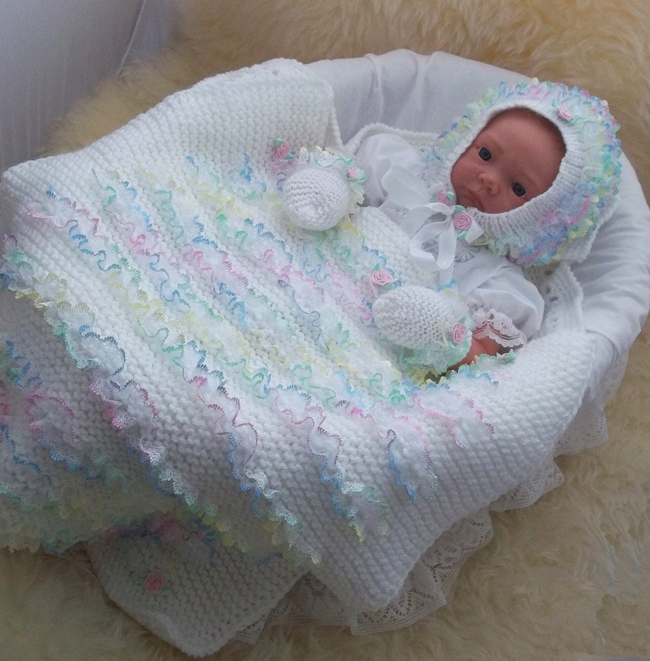 Knitted Baby Blanket Lovely Baby Knitting Pattern Girls Lace Pram Blanket Baby Hat Of Amazing 46 Pictures Knitted Baby Blanket