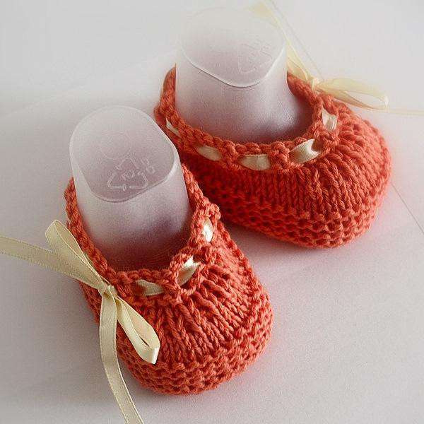 Knitted Baby Shoes Awesome 32 Knit Patterns Baby Shoes for Winter 2016 Fashion Craze Of Attractive 40 Pics Knitted Baby Shoes