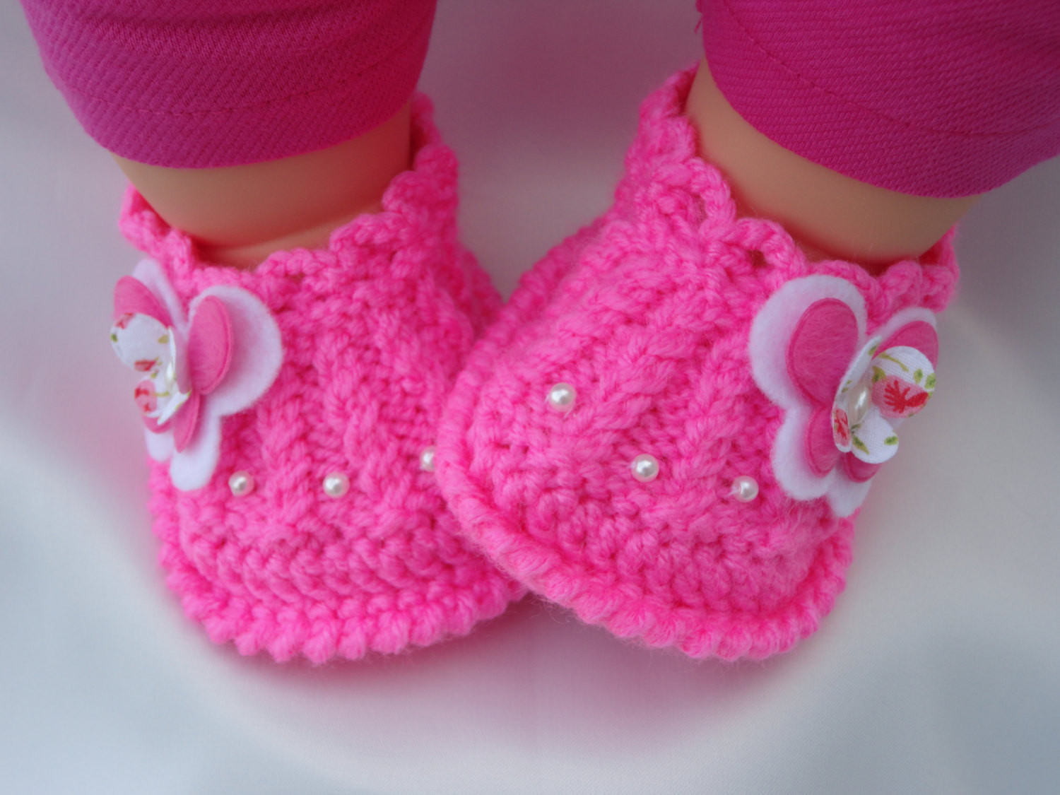 Knitted Baby Shoes Awesome Meryem Uzerli Hand Knitted Baby Girl Shoes Of Attractive 40 Pics Knitted Baby Shoes