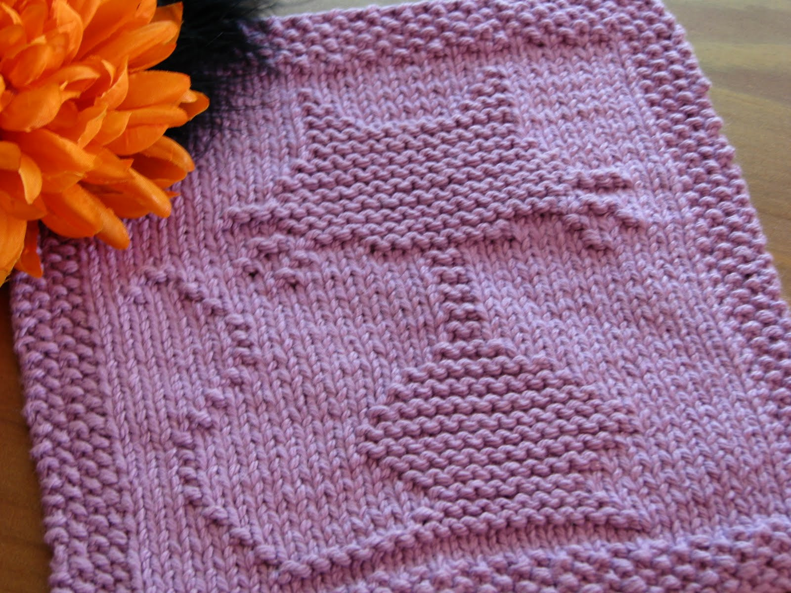 e Crafty Mama Halloween Cat Dishcloth