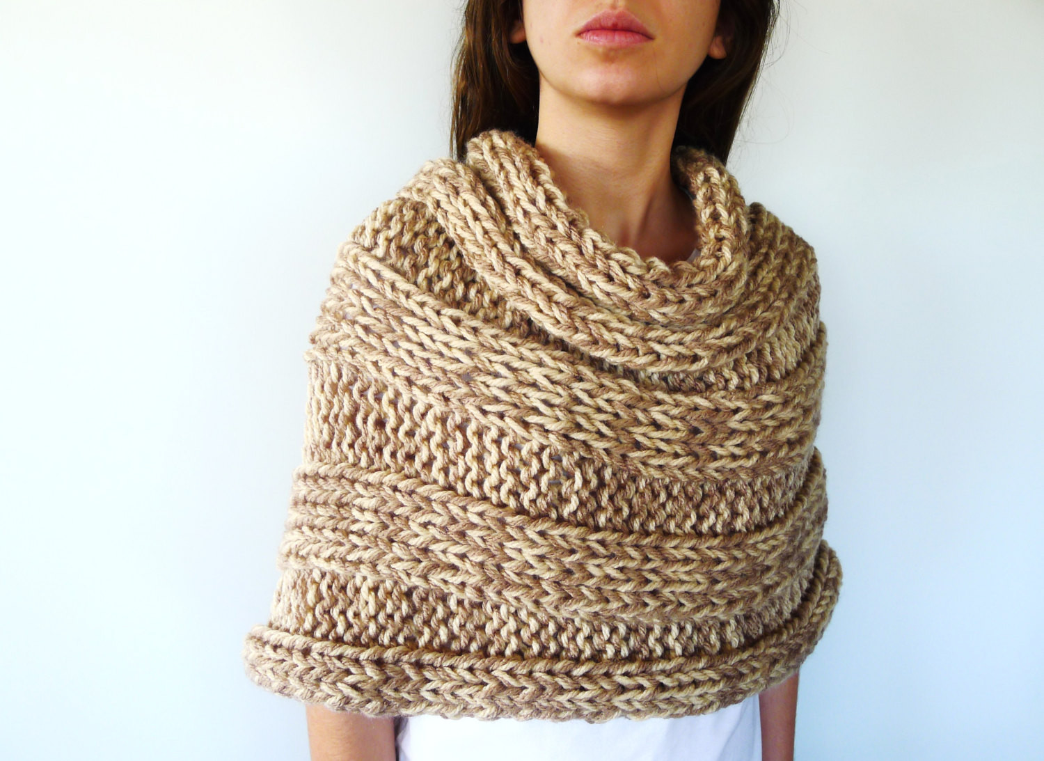 Knitted Poncho Inspirational Women S Wool Poncho Knitted Shoulder Wrap Chunky Knit Of Amazing 49 Photos Knitted Poncho