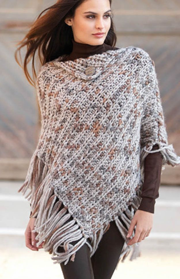 Free Knitting Pattern for Punto Poncho This easy fringed
