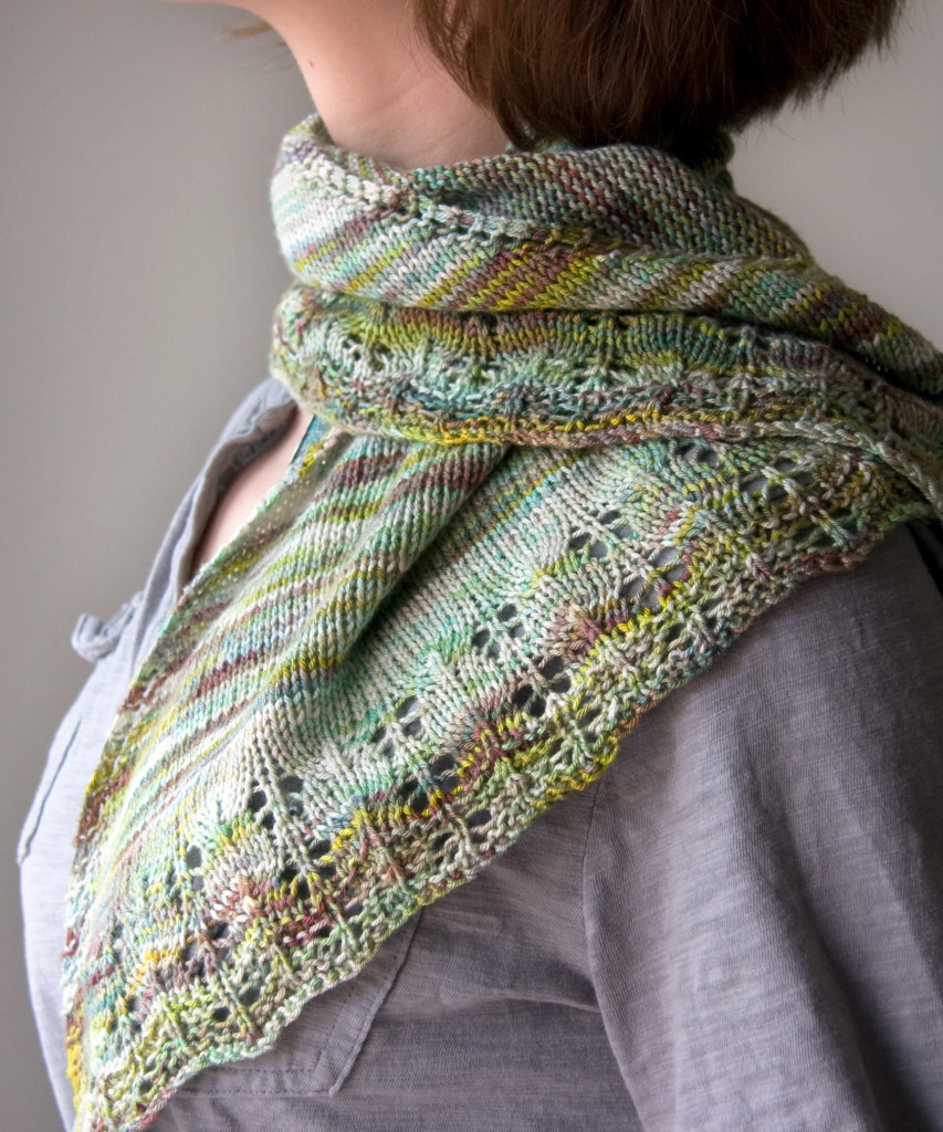 Free Knitting Pattern Oaklet Shawl