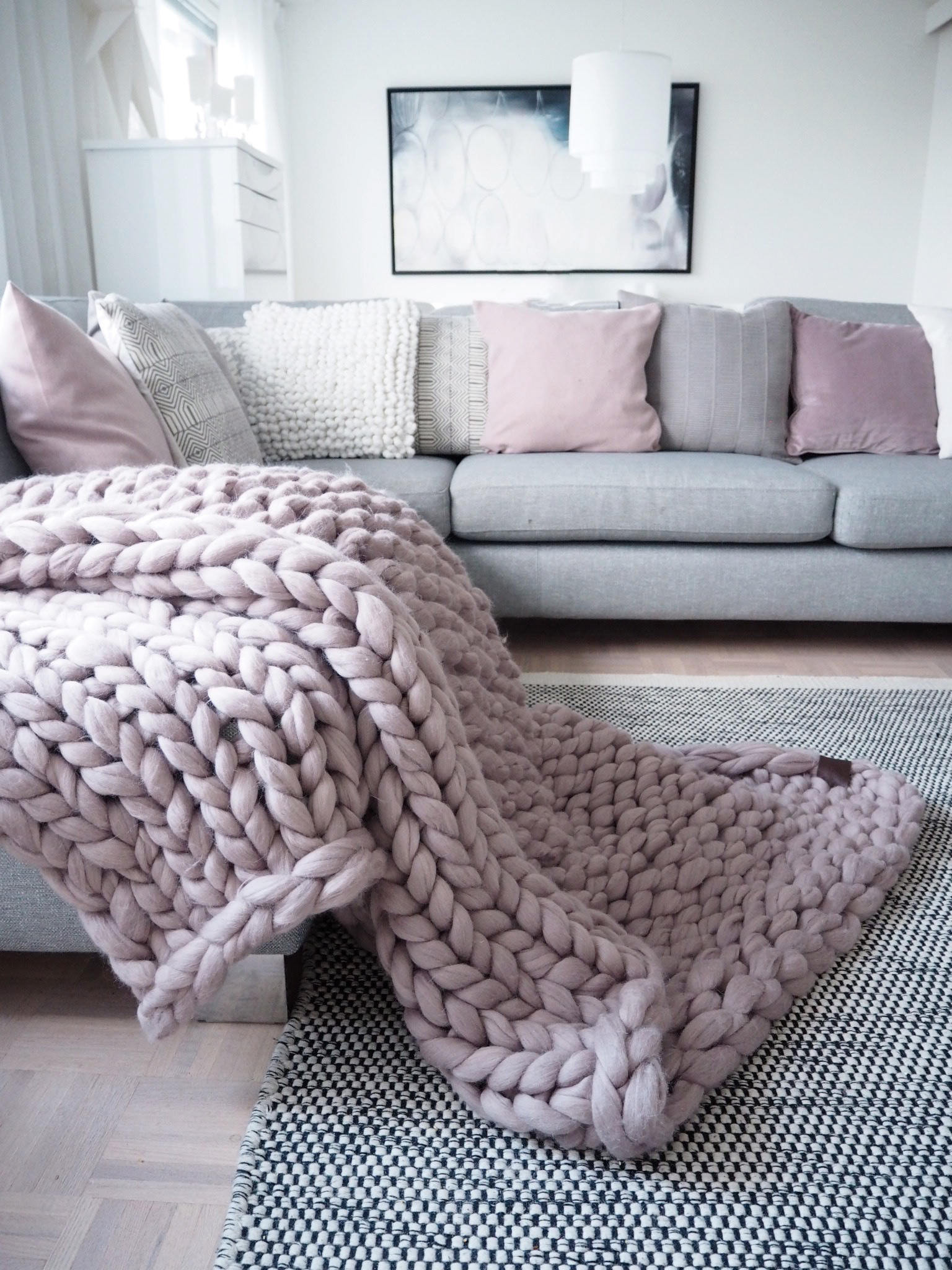 Knitted Throw Lovely Chunky Knit Blanket Giant Yarn Throw Wrap Arm Knit From Of Wonderful 48 Images Knitted Throw