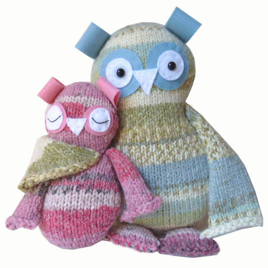 two hoots owls knitting kit by t horse knit kits