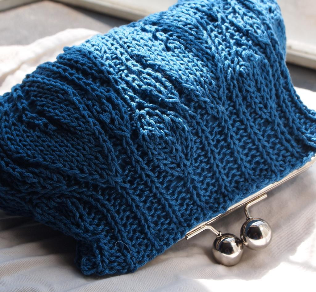 Knitting Projects Awesome This Blue Leafy Clutch is Quick and Easy to Create Of Top 45 Ideas Knitting Projects