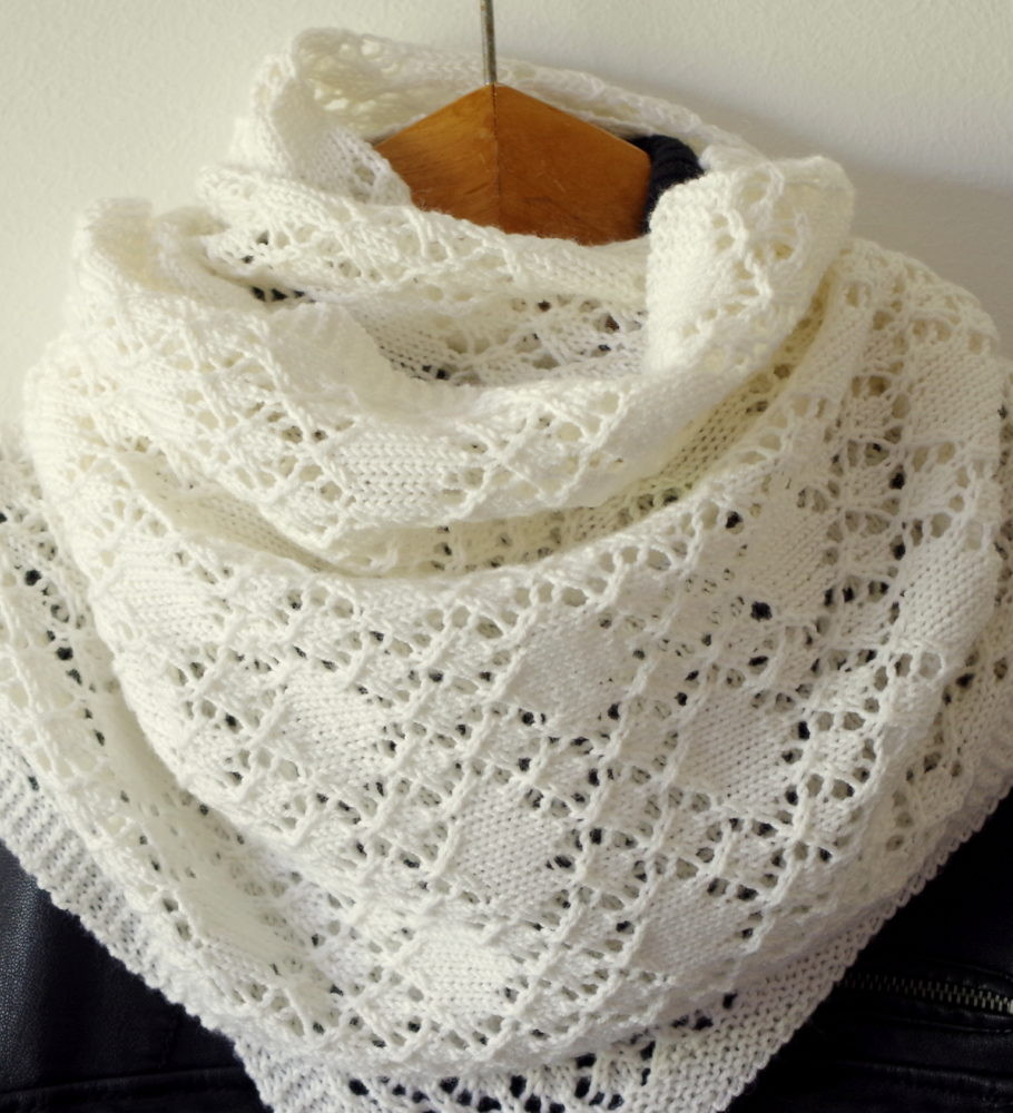 Lace Shawl Beautiful Shawl Of solitaire Pattern Of Top 45 Pictures Lace Shawl