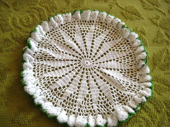 Large Doilies Fresh White Crochet Doily with Ruffled Green Edge Large Round Of Amazing 40 Ideas Large Doilies