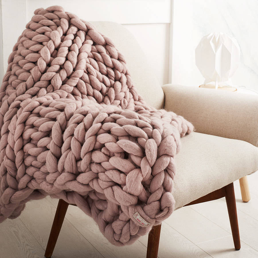 wel be chunky hand knitted throw by lauren aston designs