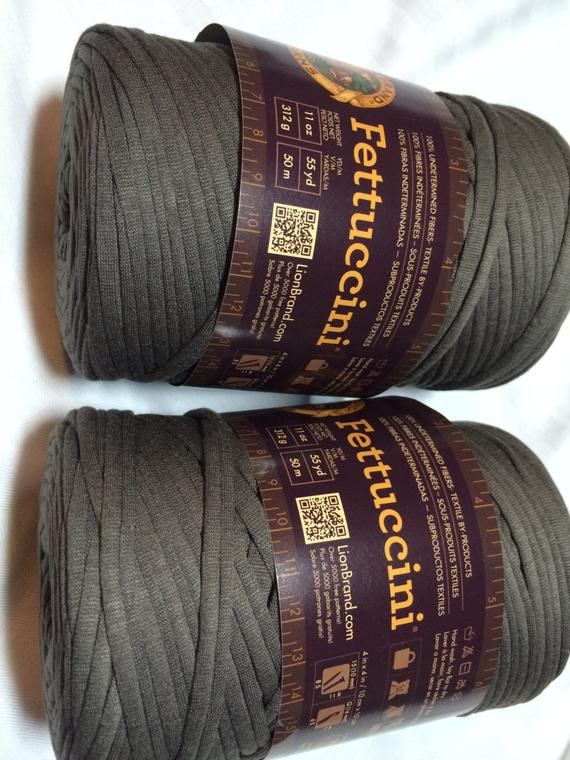 Lion Brand Bulky Yarn New Lion Brand Fettuccini Yarn Super Bulky Repurposed Fabric Of Contemporary 41 Pictures Lion Brand Bulky Yarn