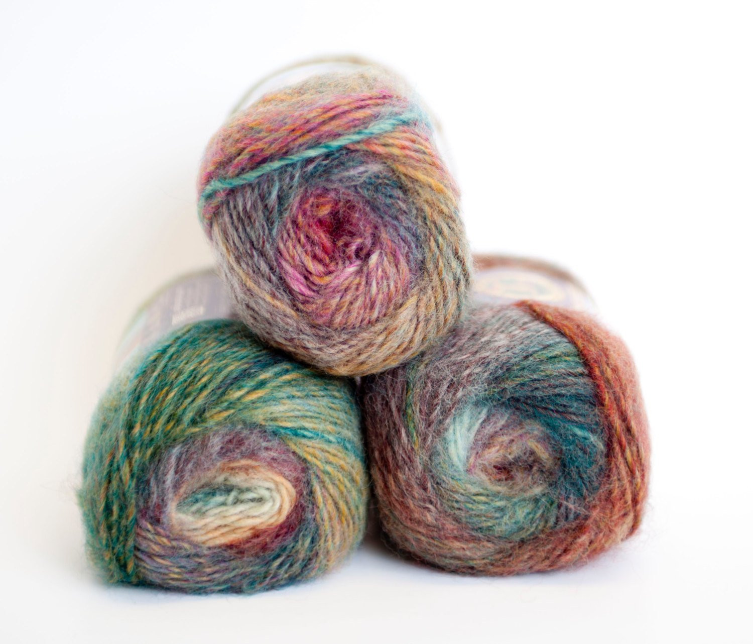 Lion Brand Yarn Awesome Amazing Yarn From Lion Brand Strawberry Fields From Of Delightful 49 Models Lion Brand Yarn