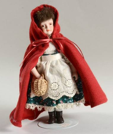 Little Red Riding Hood Doll Awesome Avon Fairy Tale Doll at Replacements Ltd Of Delightful 49 Models Little Red Riding Hood Doll