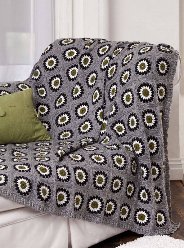Lovely 10 Fabulous Free Crochet Patterns that Require 4000 Yards Granny Circle Crochet Pattern Of Innovative 45 Models Granny Circle Crochet Pattern