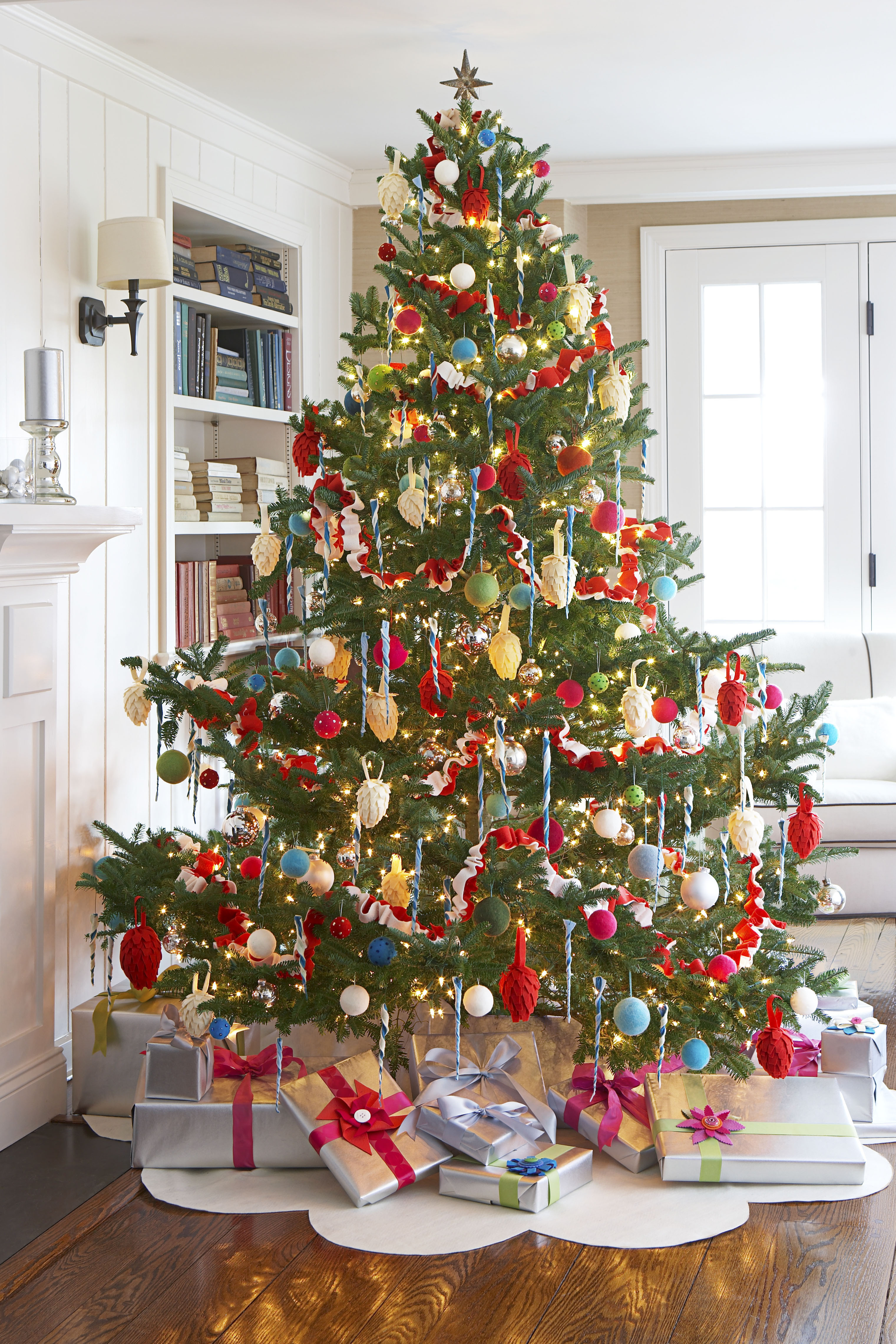 Lovely 70 Diy Christmas Decorations Easy Christmas Decorating Ideas Christmas Tree and Decorations Of Delightful 50 Pictures Christmas Tree and Decorations