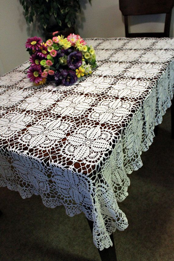85 best images about CROCHETED TABLE RUNNER on Pinterest