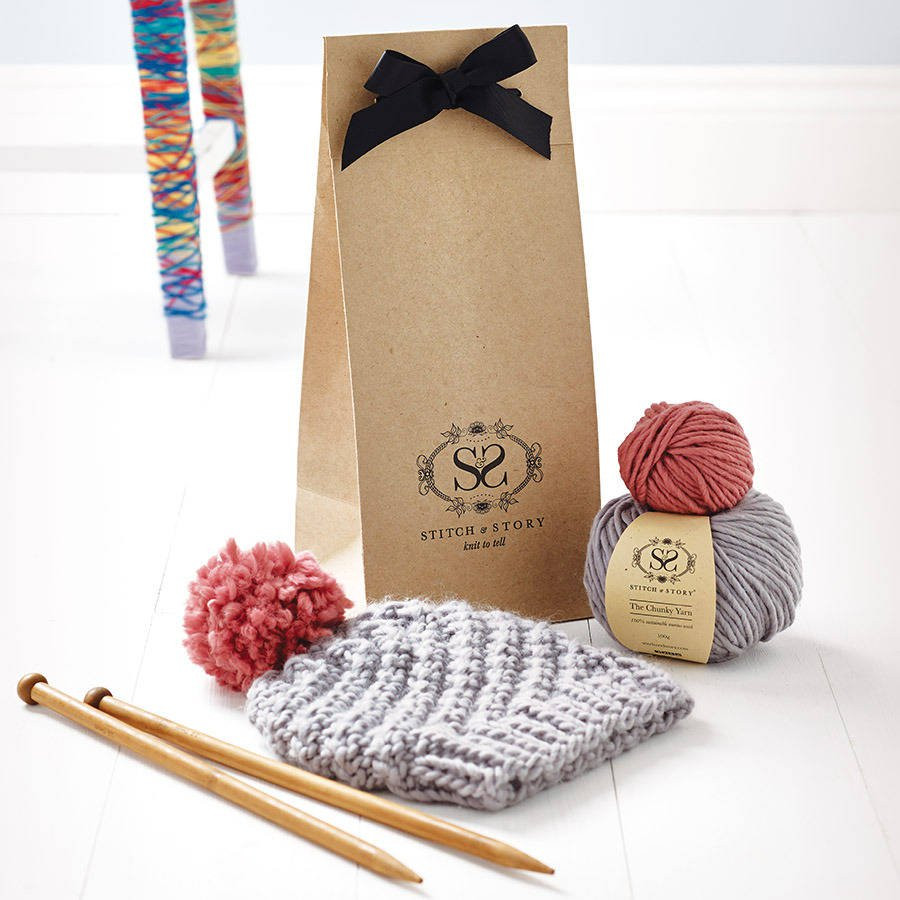 luca pom hat knitting kit for beginners
