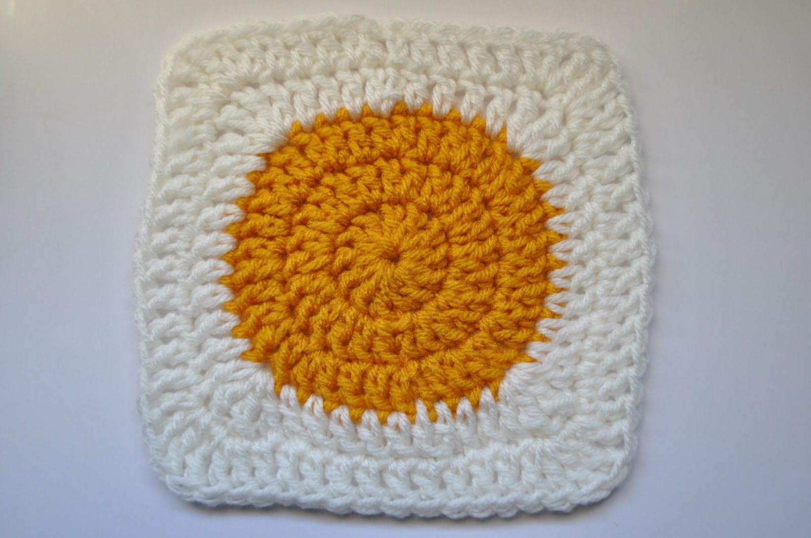 Lovely Chirpinbir solid Circle In Square Granny Circle Crochet Pattern Of Innovative 45 Models Granny Circle Crochet Pattern