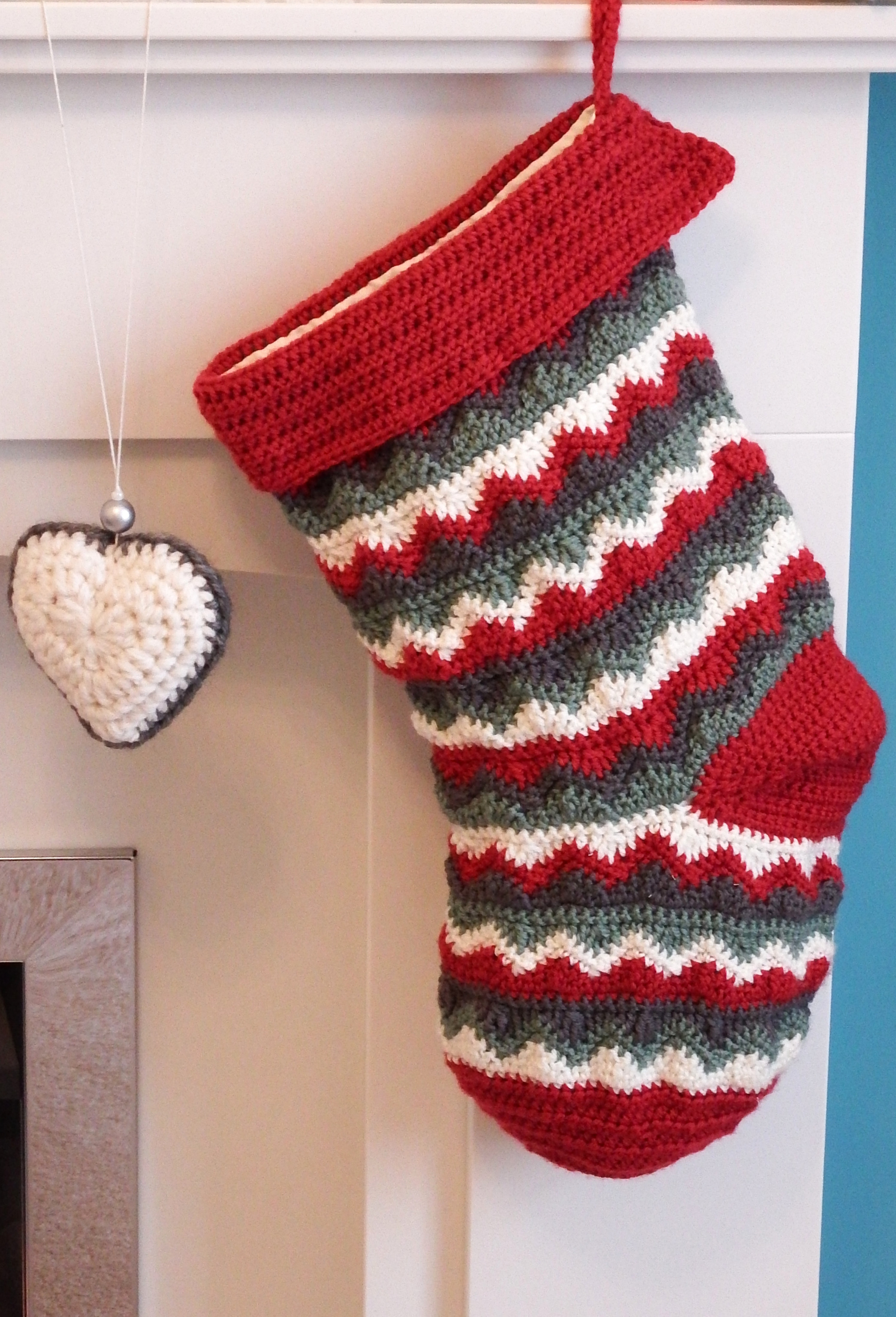 Lovely Christmas Stocking Crochet Pattern for Christmas Stocking Of Elegant 40 All Free Crochet Christmas Stocking Patterns Patterns Hub Crochet Pattern for Christmas Stocking