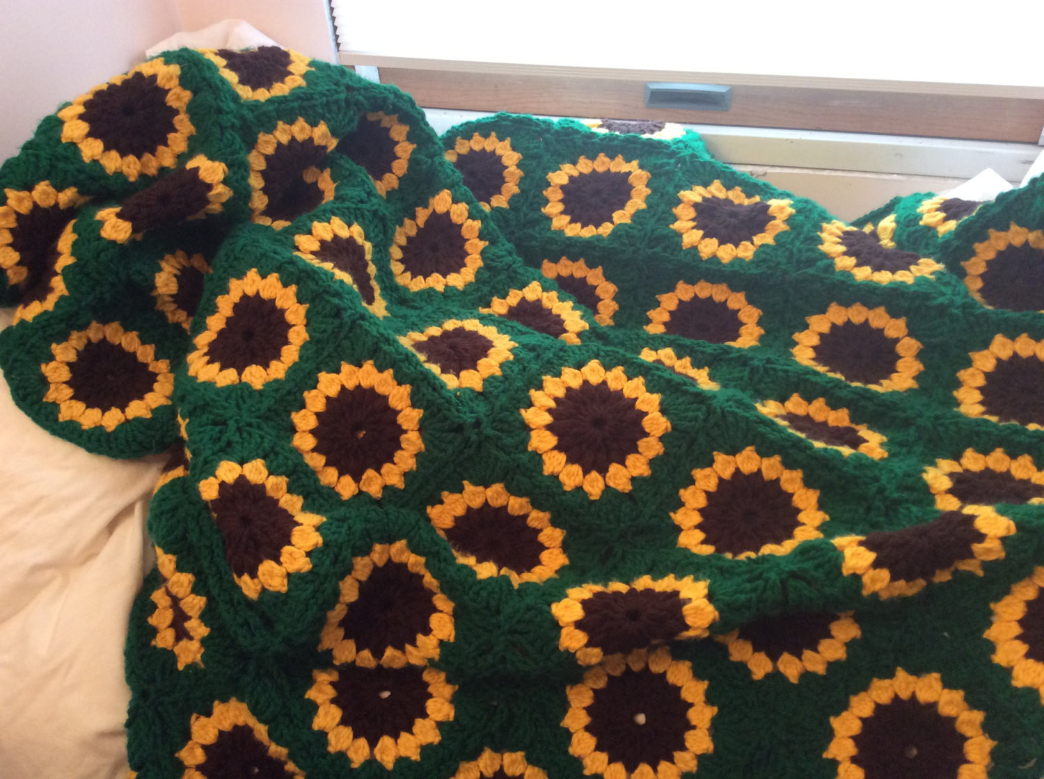 Cozy Sunflower Crocheted Afghan by StarryNightCrochet on Etsy