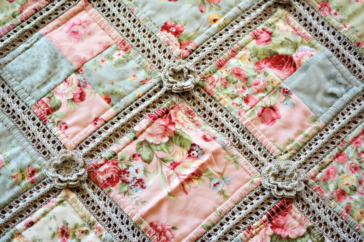 Lovely Crochet and Fabric Quilt – the Green Dragonfly Crochet and Fabric Quilt Of Top 45 Models Crochet and Fabric Quilt