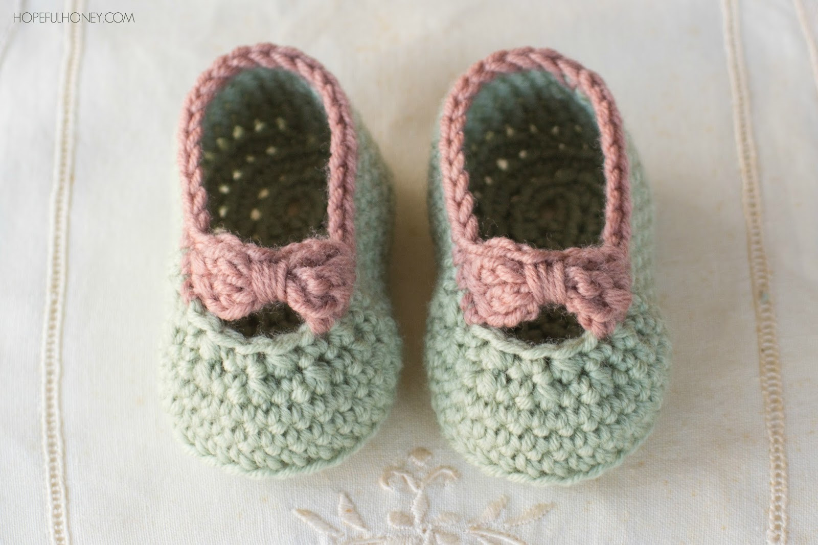 Lovely Crochet Baby Slippers Pattern Free Crochet Newborn Baby Booties Of Incredible 49 Models Crochet Newborn Baby Booties