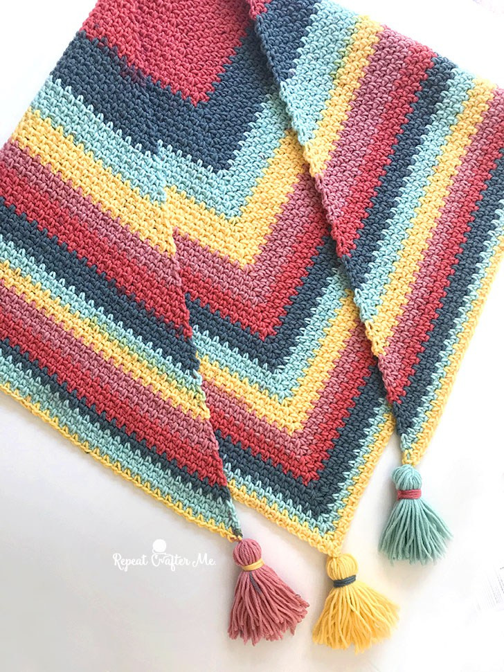 Lovely Crochet Caron Big Cakes Moss Stitch Shawl Repeat Crafter Me Big Cakes Yarn Of Beautiful 47 Photos Big Cakes Yarn