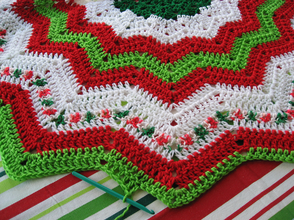 Lovely Crochet Christmas Tree Skirts – Happy Holidays Crochet Tree Skirt Of Innovative 45 Ideas Crochet Tree Skirt