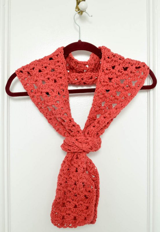 crochet pattern clusters and vs lace scarf