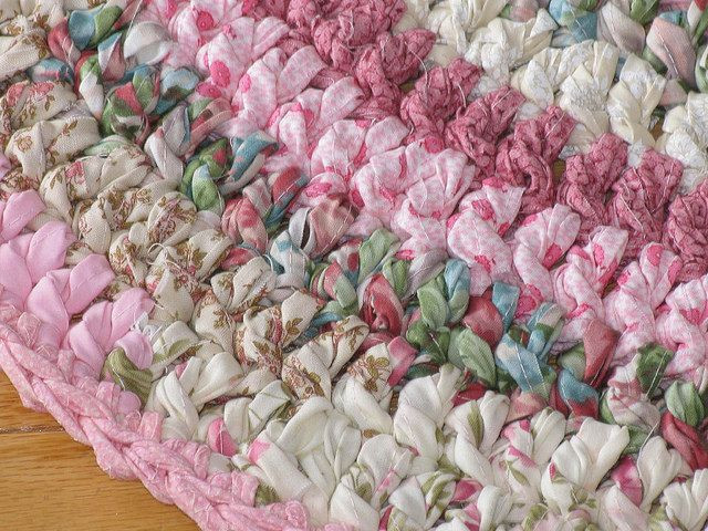 Lovely Crocheted with Fabric Strips Rug Crochet Rug with Fabric Strips Of Lovely Goat Feathers Crochet Rug and Purse Crochet Rug with Fabric Strips