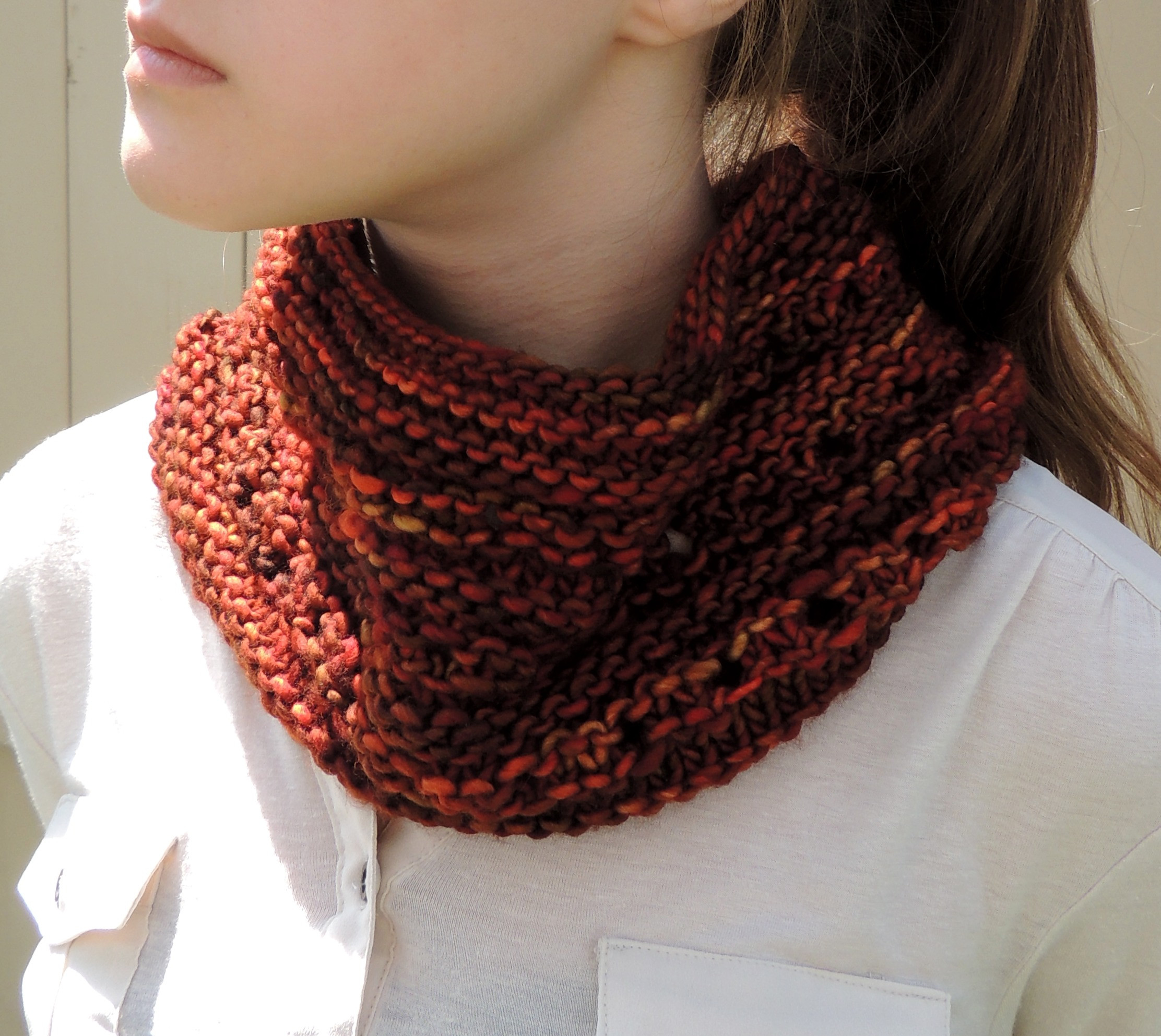 Free Pattern – Rachelle Chunky Lace Cowl Scarf – Valerie