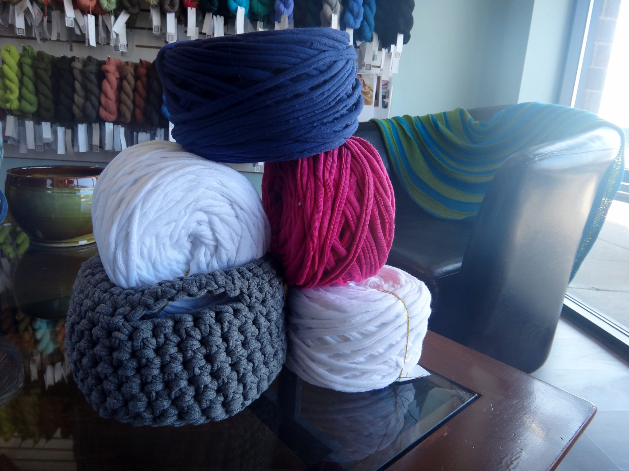 Lovely Gallery Unwind Yarn Shop Yarn Outlet Of Amazing 50 Photos Yarn Outlet