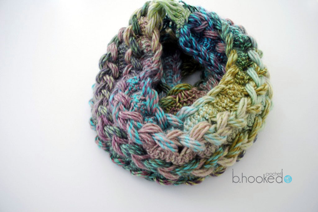 Lovely Hairpin Lace Infinity Scarf Free Pattern and Video Tutorial Crochet Tutorial Videos Of Brilliant 42 Images Crochet Tutorial Videos