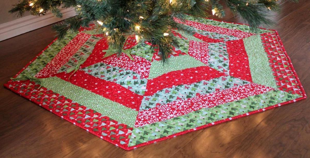 Lovely Holly Jolly Christmas Tree Skirt Pattern Free Tree Skirt Patterns Of Brilliant 44 Pics Free Tree Skirt Patterns