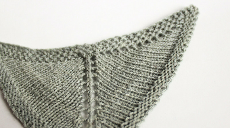 Lovely How to Knit Winged Triangle Shawls Knittingday Triangle Shawl Of Lovely 41 Pics Triangle Shawl