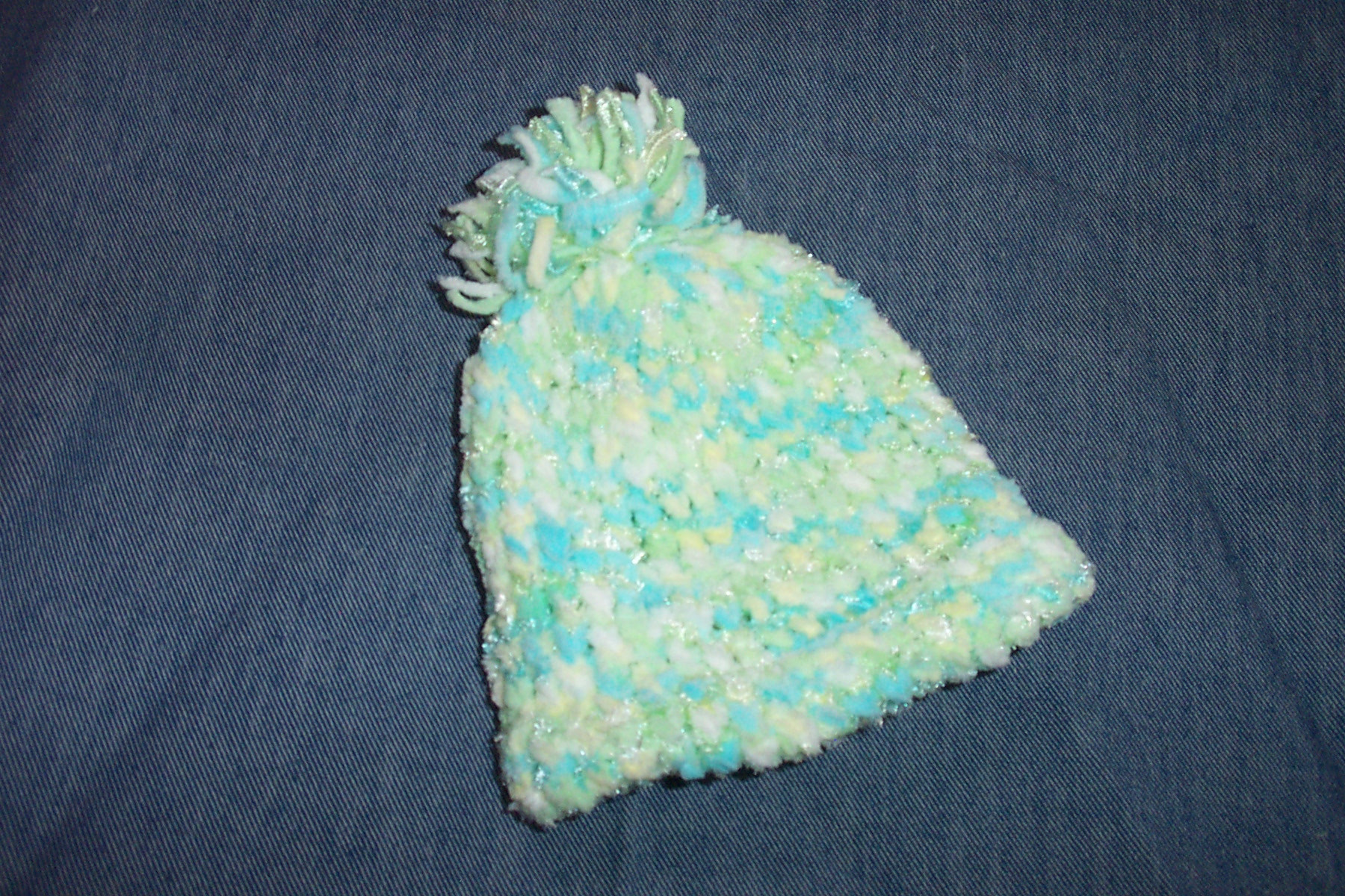 how to make a baby hat on a knitting loom