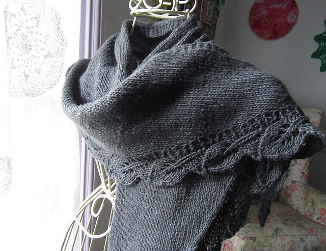 """Lovely Knitnscribble Easy Shawl Pattern Inspired by """"bones"""" Easy Knit Shawl Of Fresh 44 Photos Easy Knit Shawl"""
