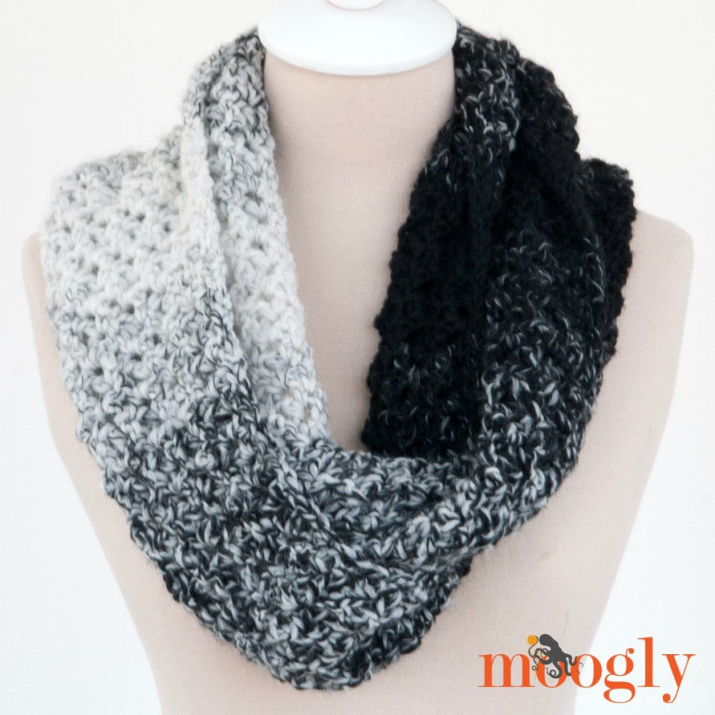 Lovely Loopy Love Scarf Moogly Scarfie Yarn Patterns Of Luxury 50 Photos Scarfie Yarn Patterns